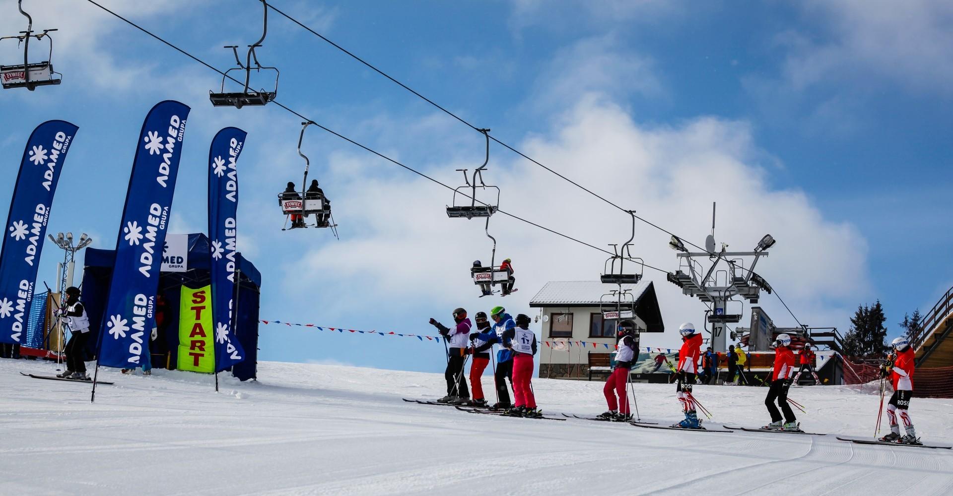 wyciąg narciarski, Adamed